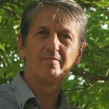 Eugène User Profile