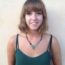 Profilo utente di Francine