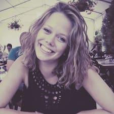 Elisabeth felhasználói profilja