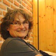 โพรไฟล์ผู้ใช้ Claire-Lise