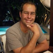 Потребителски профил на Santos