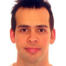 โพรไฟล์ผู้ใช้ Vicente