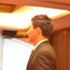 王雨新 felhasználói profilja