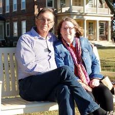 Steve And Marilyn bir süper ev sahibi.