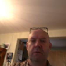 Profil korisnika Dermot