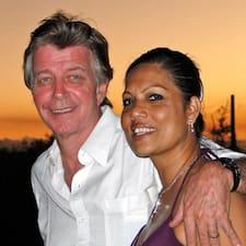 Profil korisnika Roshni And Jean Pierre