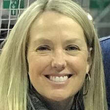 Carolyn Walker User Profile