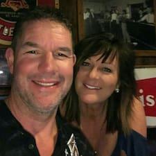Profilo utente di James & Lynette