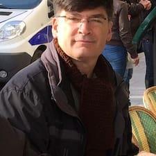 Nikolas felhasználói profilja