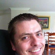 Profil Pengguna Reinhardt