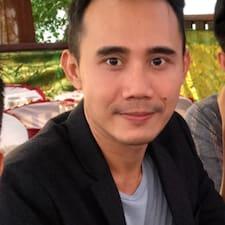 Profil utilisateur de Komang Hartha