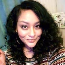 Shaïna User Profile