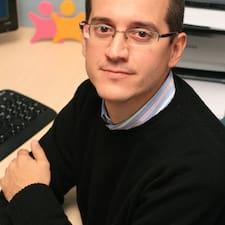 โพรไฟล์ผู้ใช้ Enrique Taviel De