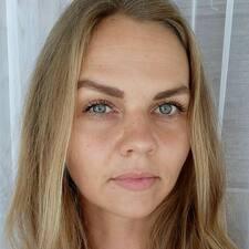 Profil Pengguna Annika