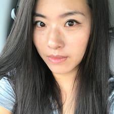 Gina 晓卿 — суперхозяин.