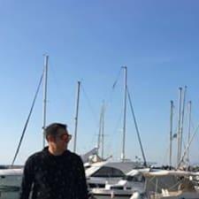 Αντώνης felhasználói profilja