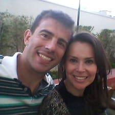 โพรไฟล์ผู้ใช้ Rodrigo E Anna