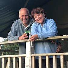 Ο/Η Nigel & Nikki είναι ο/η SuperHost.