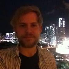 Chris Kullanıcı Profili