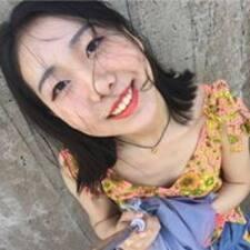 Nutzerprofil von Ruby Ziruo