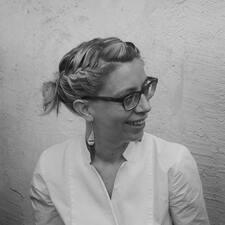 Marie-Agnes User Profile