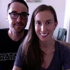 Profil utilisateur de Aaron & Sarah