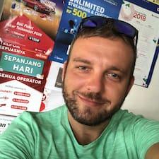 Zdenko felhasználói profilja