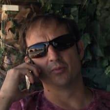 Roberto님의 사용자 프로필