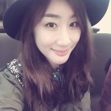 Monica Hyoyoung님의 사용자 프로필