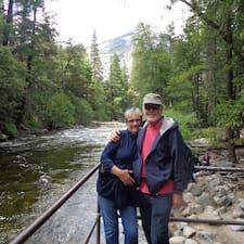 Mary And Gary Adams的用戶個人資料