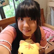 嘉倫 felhasználói profilja