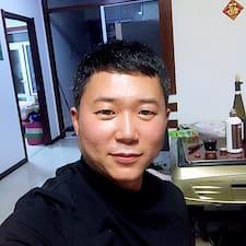 宏亮 felhasználói profilja