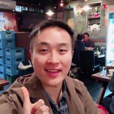 Sangpil felhasználói profilja
