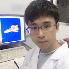 龙义 User Profile