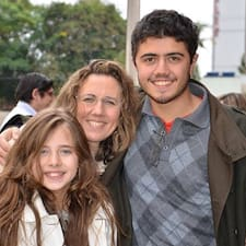 Cristiane E Guilherme est un Superhost.