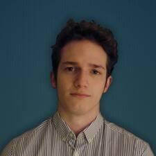 Chris, İstifadəçi Profili