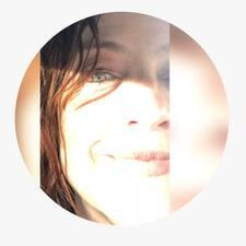 Maria Gabriella님의 사용자 프로필