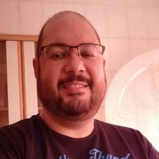 Celso felhasználói profilja