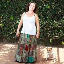 Profil Pengguna Maria Ivanete