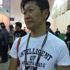Tsuyoshi的用戶個人資料