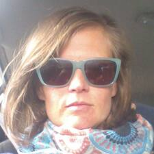 Profil Pengguna Theresa