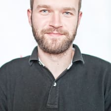 Tomasz felhasználói profilja