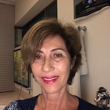 Gloria Luz