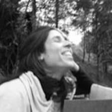 Laura Cristinaさんのプロフィール