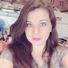 Ella님의 사용자 프로필