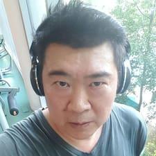 Henkilön Chong käyttäjäprofiili