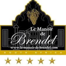 Le Manoir User Profile