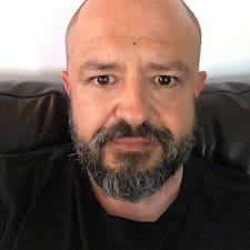 Mikaël User Profile