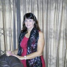 Profil korisnika Adrienne