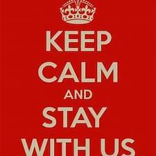 Nutzerprofil von Stay With US!